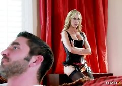 Billy Hart is screwing Sexually Available Mom pornstar Brandi Love