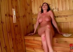 Heavyweight titty dark brown Dona Bell sucking throw hole