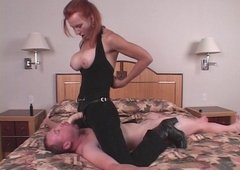 Strapon Slavemaster - Kelly S